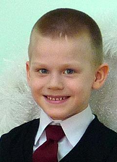 Миша Курбатов, 7 лет, сахарный диабет 1 типа, требуются расходные материалы к инсулиновой помпе и глюкометр. 136157 руб.