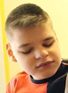 Федя Р., умственная отсталость, грубое недоразвитие речи, ретинопатия (поражение сетчатки глаз), косолапость, требуются средства для оплаты годового содержания в социальном доме, 516000 руб.