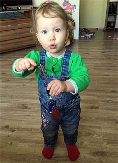 Милана Абдулова, 2 года, врожденный порок сердца, спасет эндоваскулярная операция. 500728 руб.