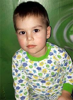 Алмаз Кашапов, 2 года, врожденный порок сердца, спасет эндоваскулярная операция, требуется окклюдер. 198072 руб.