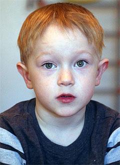 Кристиан Серебренников, 5 лет, врожденный порок сердца, спасет эндоваскулярная операция, требуется окклюдер. 74051 руб.