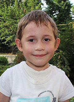 Владик Болотов, 5 лет, атрезия пищевода, киста правого легкого, требуется многоэтапное хирургическое лечение. 1018444 руб.