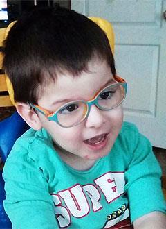 Илья Зуев, 4 года, детский церебральный паралич, требуется лечение. 199430 руб.