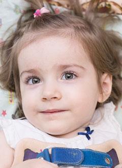 Вероника Науменко, 2 года, спинальная мышечная атрофия, спасет откашливатель. 644172 руб.