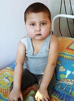 Муся Баховадинова, 4 года, неходжкинская лимфома 4-й стадии, рецидив, спасет лечение. 250119 руб.