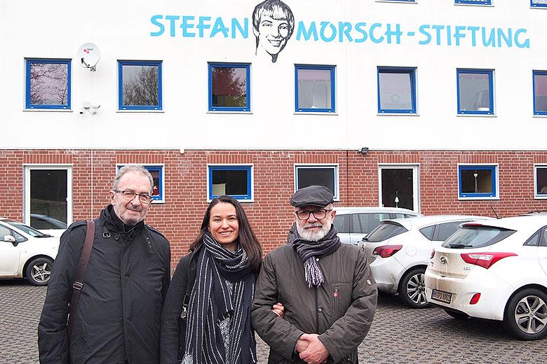 7. Фонд Стефана Морша (Биркенфельд, Германия), слева направо: Виктор Костюковский, Анна Андрюшкина, Лев Амбиндер