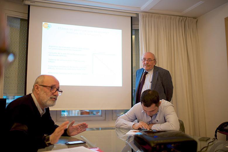 2. Фонд Хосе Каррераса, слева направо: Лев Амбиндер, Энрик Каррерас, Муслим Муслимов