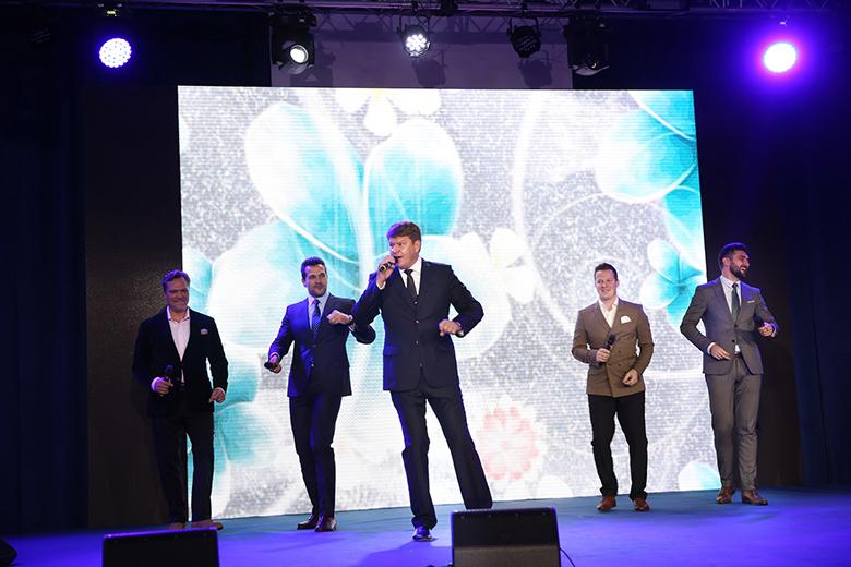 Дмитрий Губерниев и группа Viva